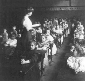 Old-timey-school-classroom-21