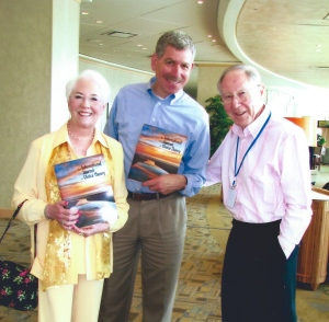 Jeff Tirengel with Bill and Carleen at the International Glasser Conference in New York City, 2006.