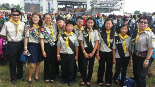 A group of Pathfinders in uniform.